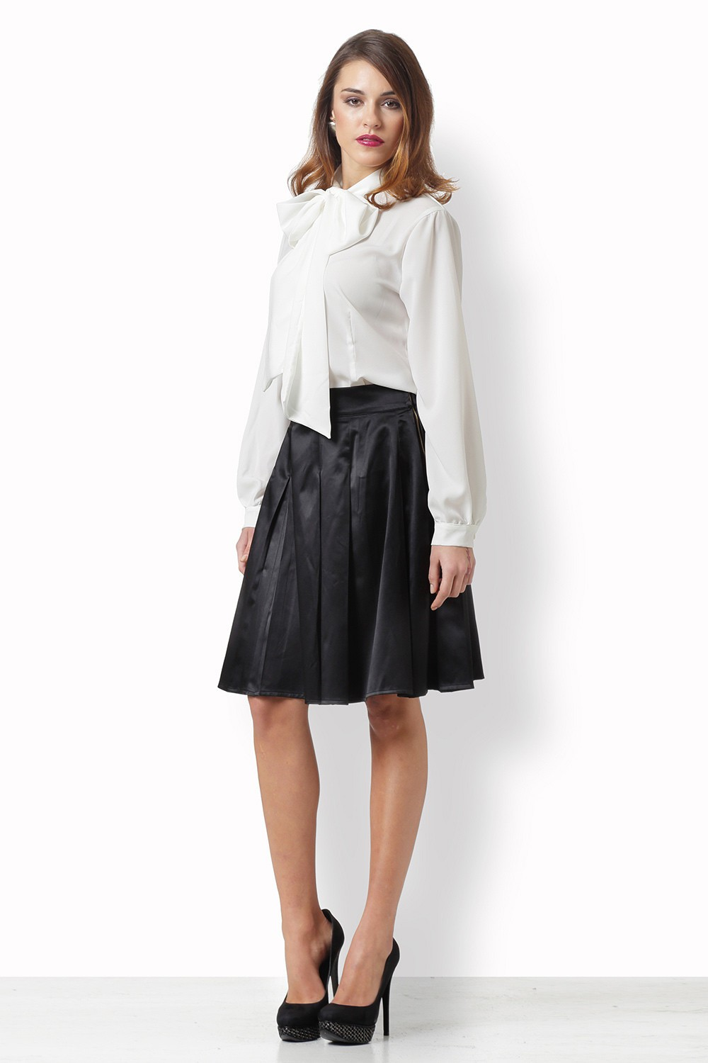 BLACK SKIRT SUELTO
