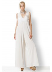 WHITE JUMPSUIT WITH LOOSE THREADS